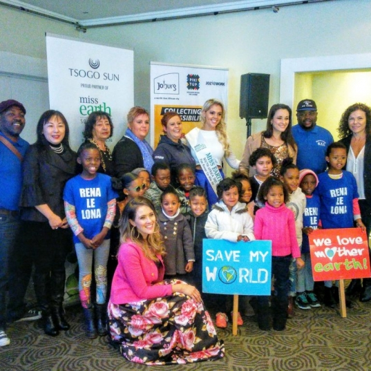 World-Hunger-Day-with-Miss-Earth-SA-at-Gold-Reef-City--1024x768